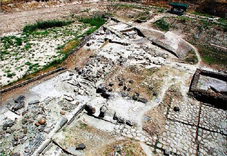 Ancient cities and new politics in southern Italy