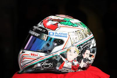 специальный шлем Витантонио Льюцци к Гран-при Италии 2011 в Монце вид слева