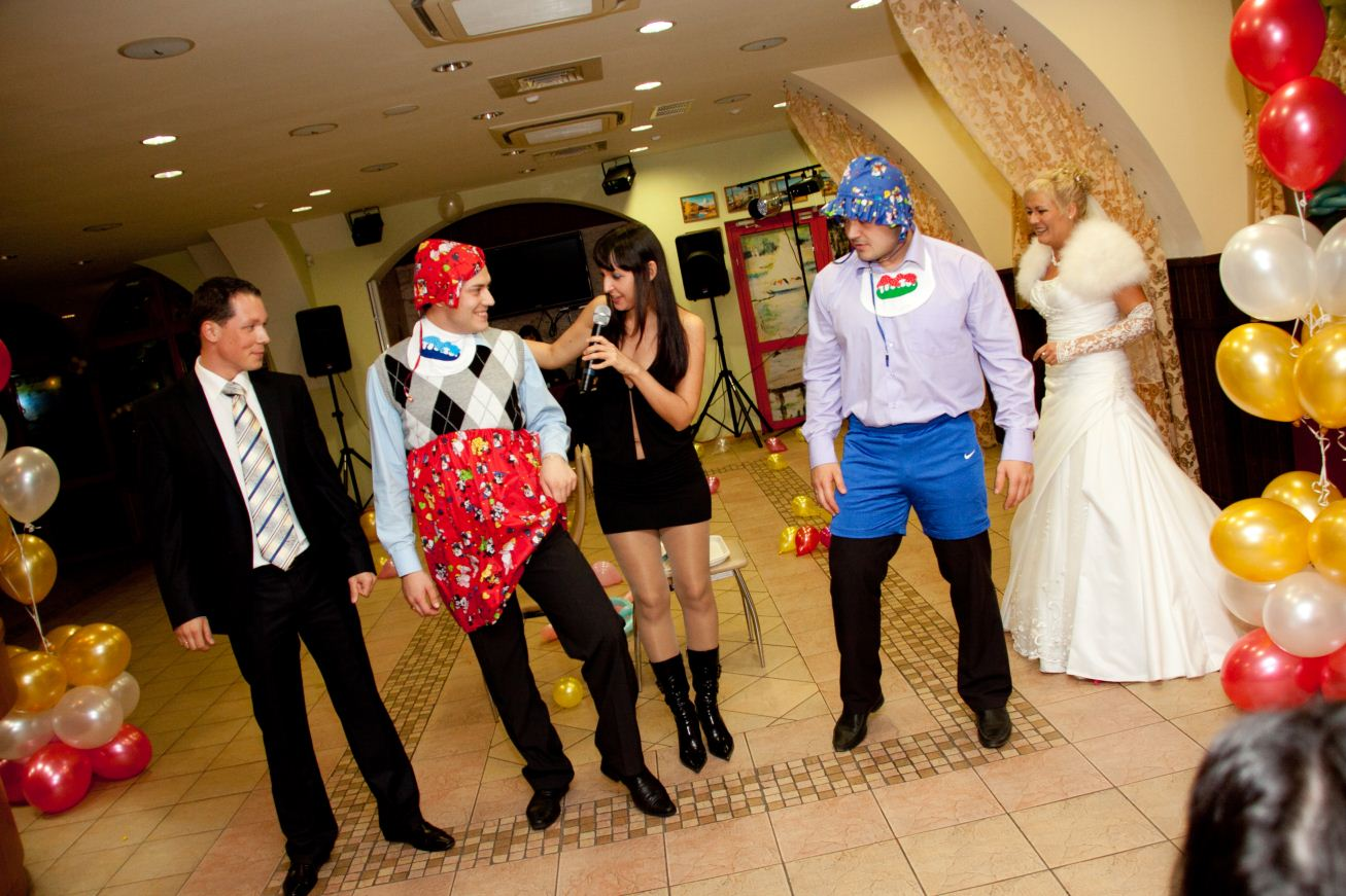 Конкурсы на свадьбу с шариками и записками