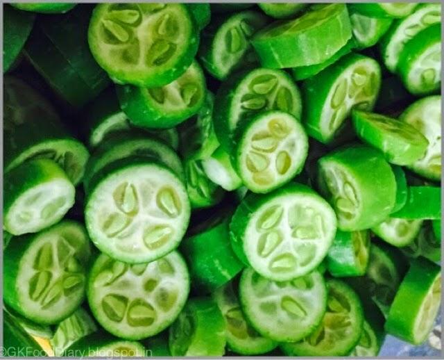 Kovakkai Poriyal Recipe (Tindora / Ivy gourd Stir Fry) | Stir FryRecipes 2