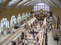 El Museo tiene la apariencia de una estación de tren, y se puede subir al piso más alto para disfrutar de la panorámica