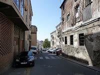 Su ubicación a pie de montaña hace que pocas calles no sean en pendiente