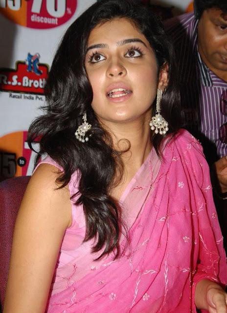 HOT Deeksha Seth Stills