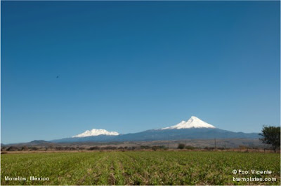 Volcanoes Popocatepetl and Iztaccihuatl, México. By Fco. Vicente