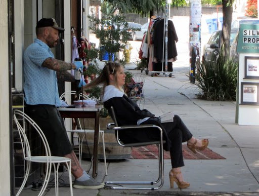 Sidewalk salon the eastsider la for Salon real 1230 s boyle ave