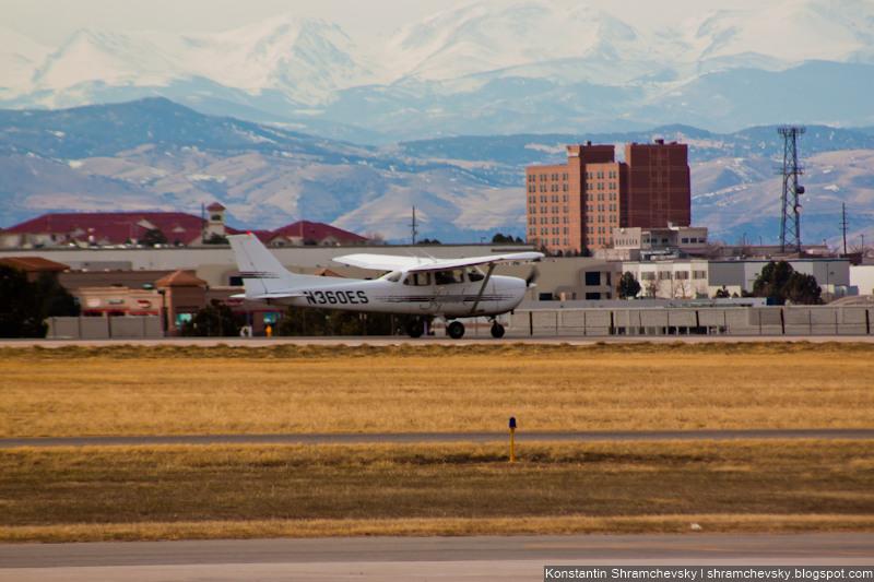 USA Colorado Denver Centennial Airport Tower США Колорадо Денвер Сентенниал Аэропорт APA KAPA Cessna 172R N360ES