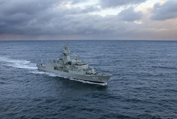 HMAS perth with new radar