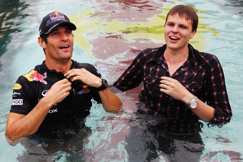 Джек Хамфри и Марка Уэббер в бассейне Монте-Карло на Гран-при Монако 2011
