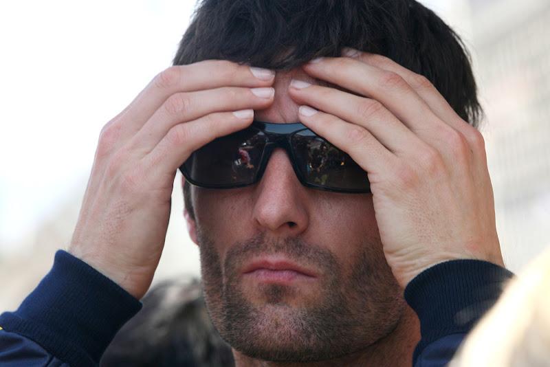 Марк Уэббер в черных очках на Гран-при Испании 2011