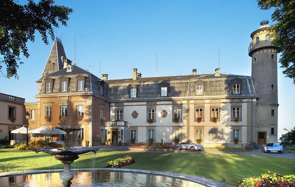Chateau de Vizille, Isere, France  № 156937  скачать