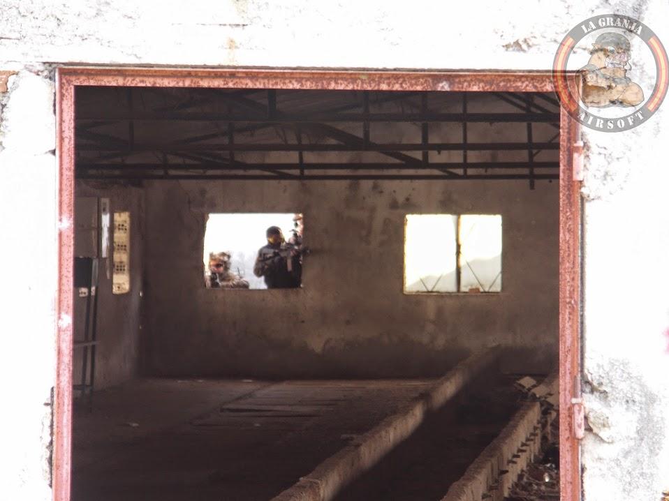 OPERACIÓN PEREGRINO. FOTOS. LA GRANJA. 30-11-14. PICT0078