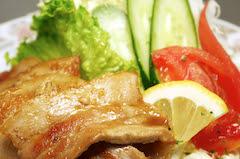生姜焼定食(ライス、味噌汁、漬物付)