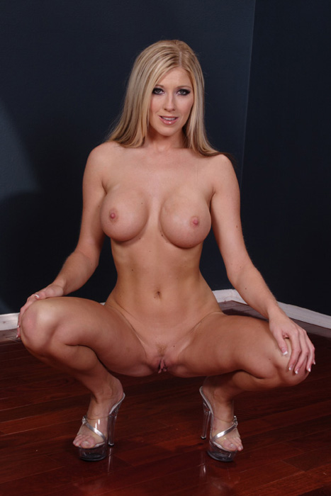 порнозвезда мишель барретт фото голой свое