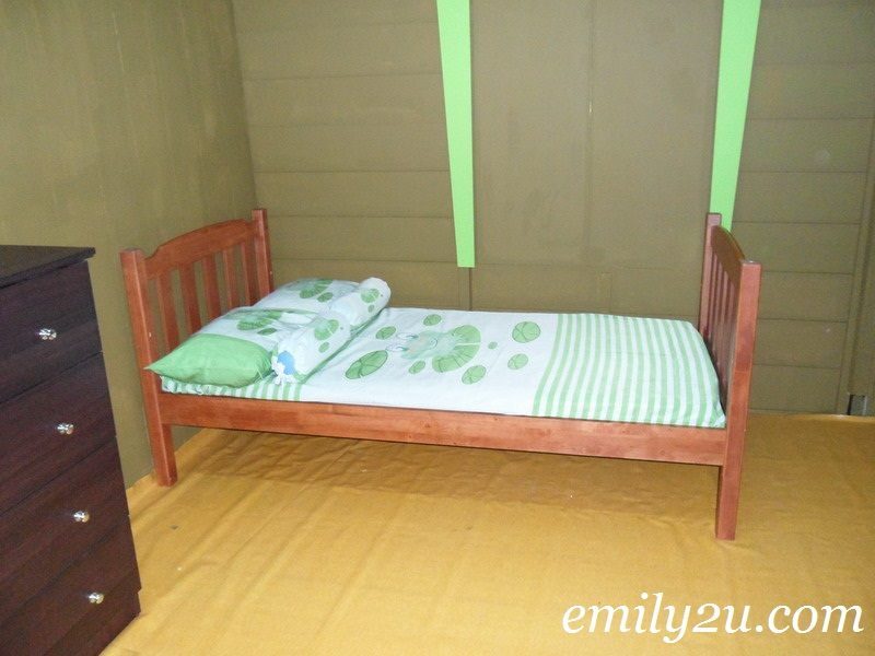 Upin & Ipin's bedroom