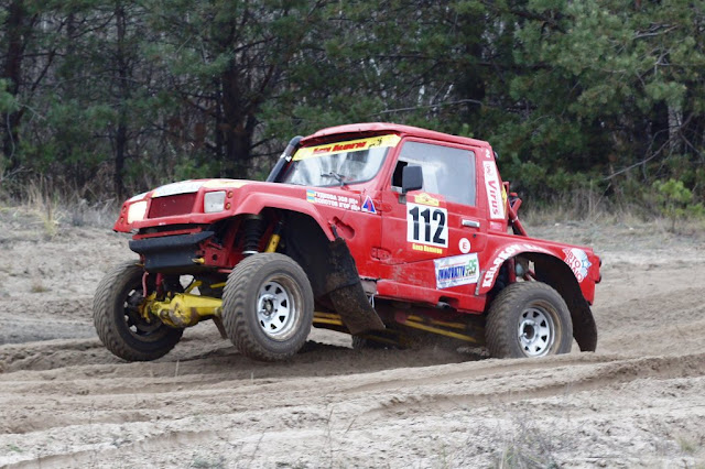 Rally Raid Suzuki Samurai on the Way