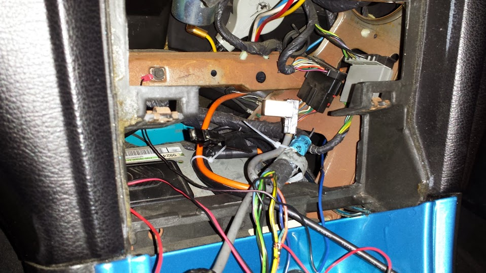 wiring aftermarket headunit to mach 460 s correctly page 2