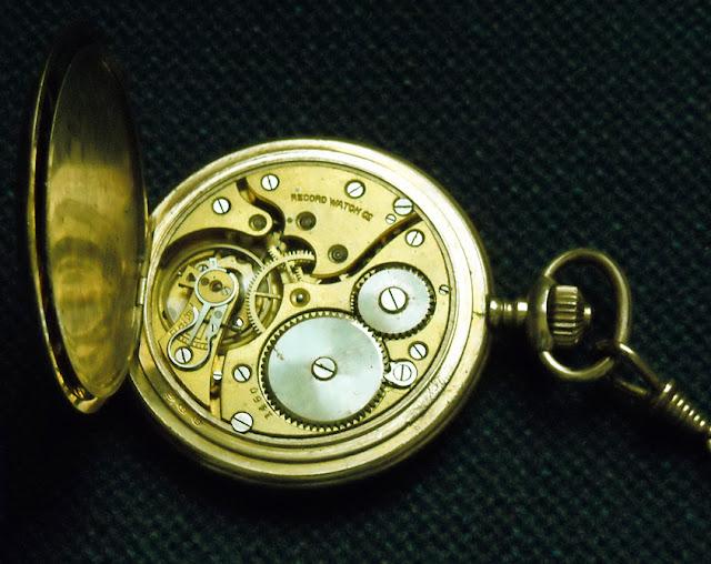 Record Watch Company ? - Page 2 Rec1