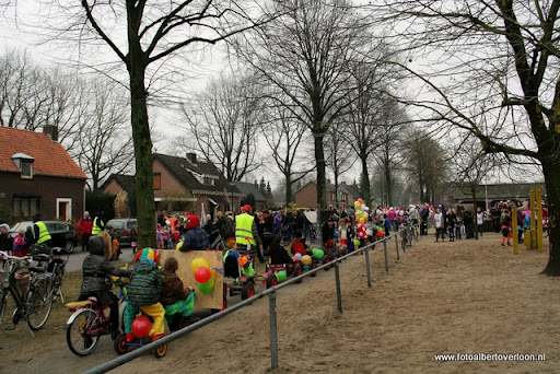 Carnaval Optocht Josefschool overloon 17-02-2012 (13).JPG