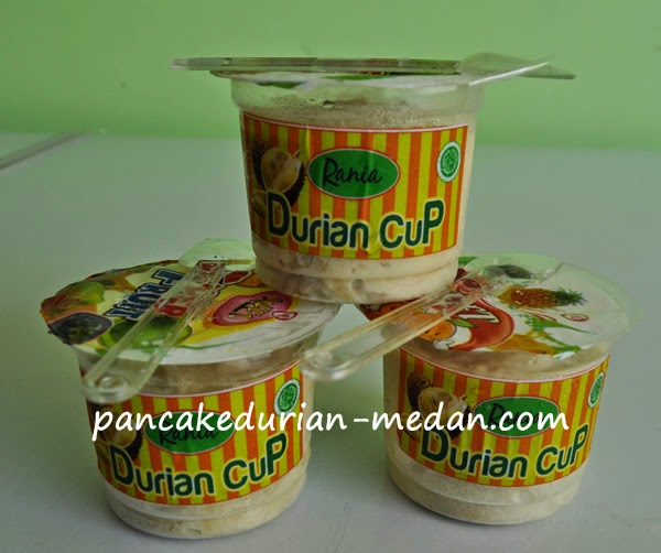 Pancake durian original medan dalam bentuk cup