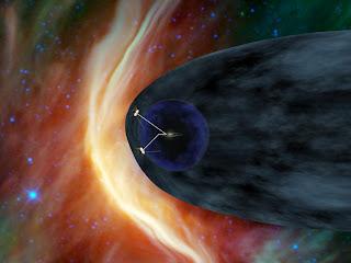 Concepto artístico que muestra a las dos naves Voyager explorando la heliofunda