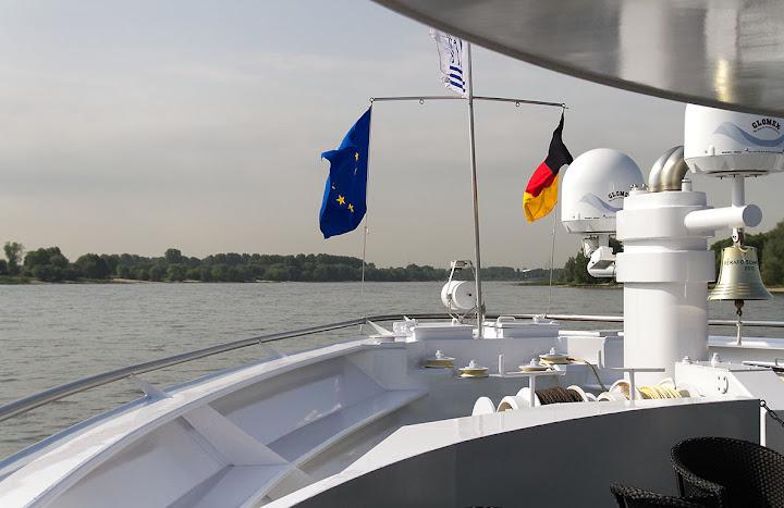 sur le Rhin 20120530-voyage_ANOCR-438