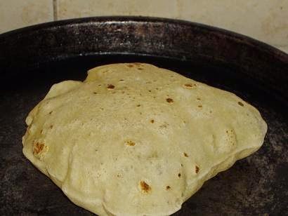 طريقة عمل خبز الشاورما بالصور 3.jpg