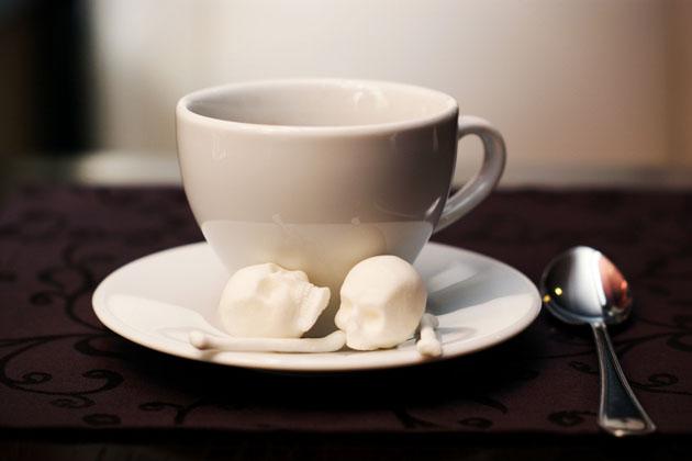 *骷髏方糖鬼咖啡:白骨浮現?!農曆七月還沒到呢! 3