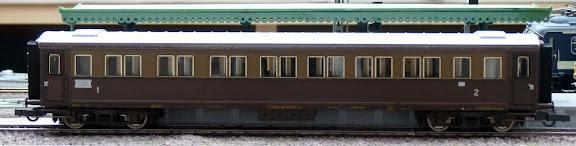 Roco 64031: Abteilwagen Serie 50000 (ABz), 1e/2e Klasse, der FS
