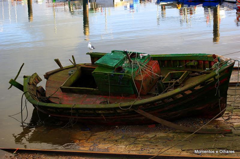 Barco na doca dos pescadores
