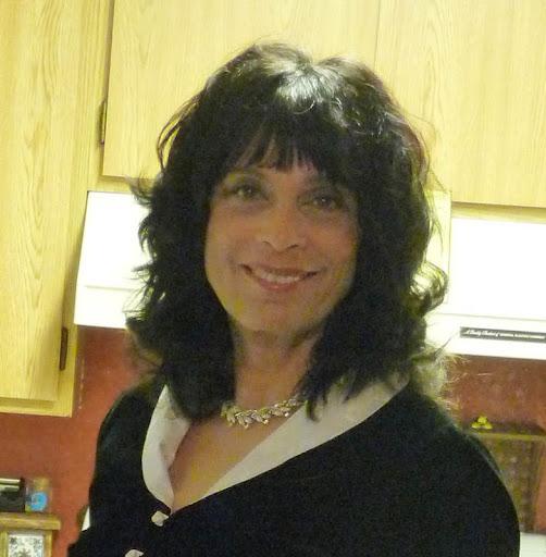 Theresa Leake Photo 1