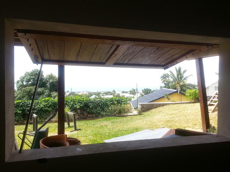 Fabrication d'un volet bois pour l'atelier - Page 2 20140919_134411