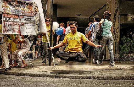 levitacion yoguis, levitación yoguis, revelado truco levitación