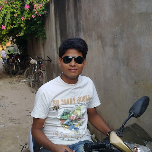 Rahul Tiwari Photo 19