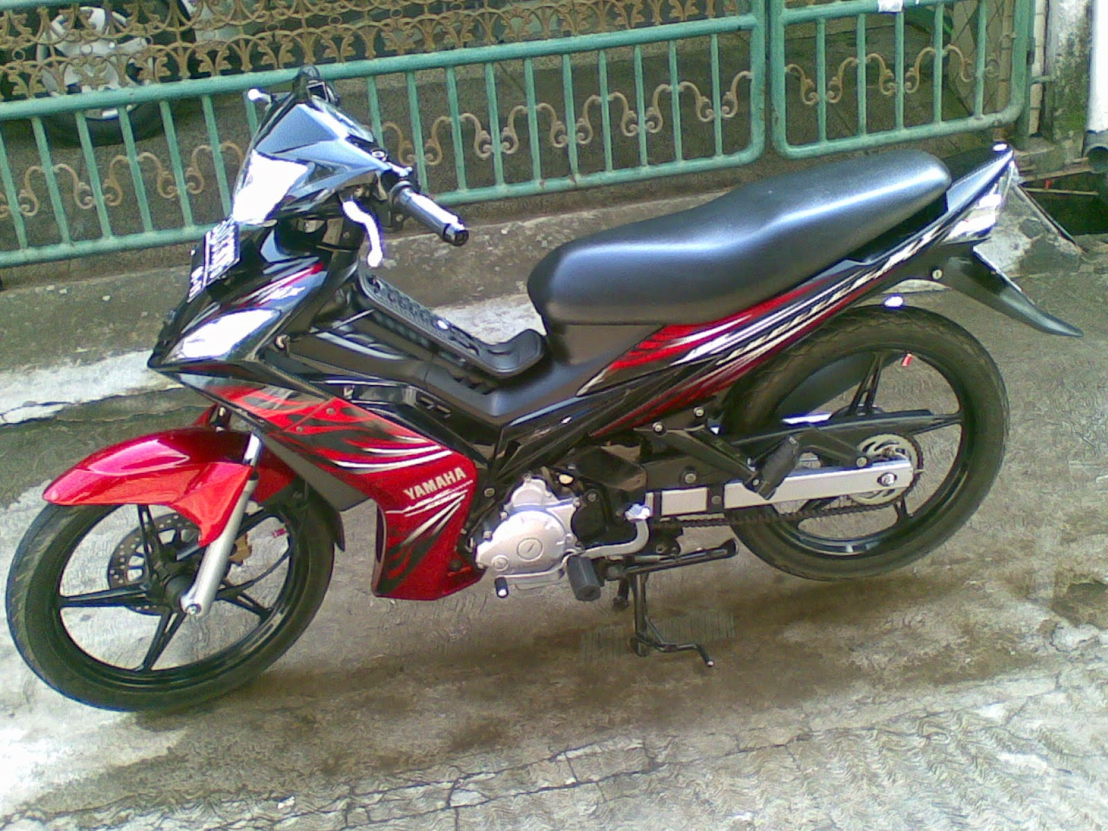 Jupiter Mx Modifikasi Warna Hitam