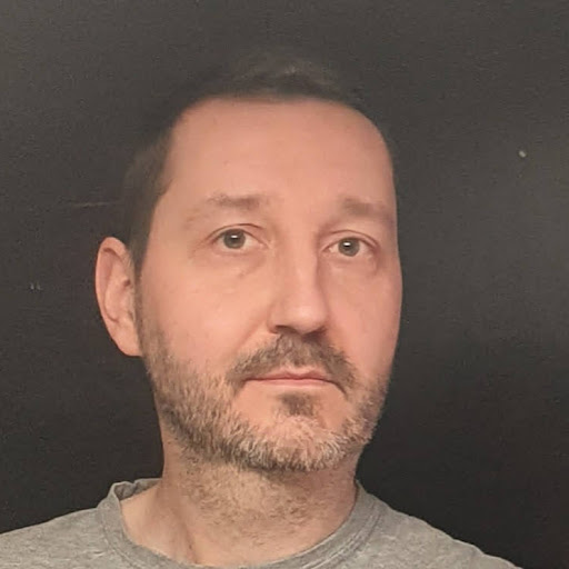 Kamil Marekwica review