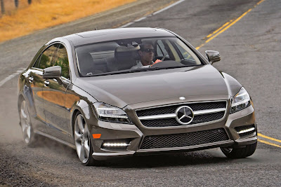 Mercedes-Benz-CLS550_2012_1600x1067_Front_Angle_01