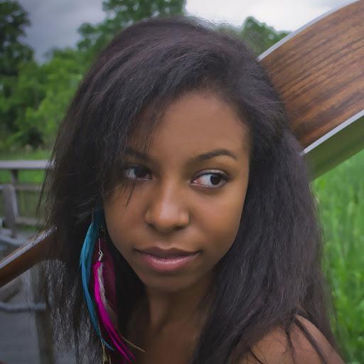 Nicole Denise Photo 7