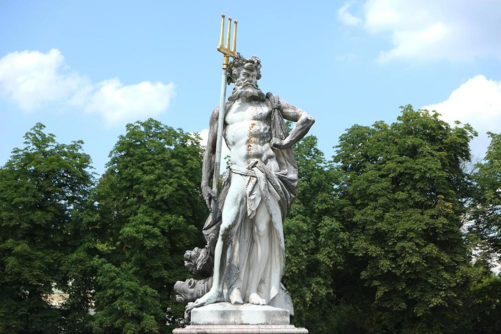 Nymphenburg statue