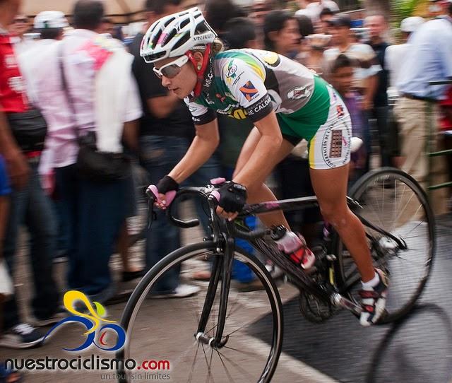 Sindra Narvaéz. El año pasado,la ciclista de 26 años, quedó de 3 lugar en la primera etapa de la Vuelta a Colombia (V) Chiquinquirá.