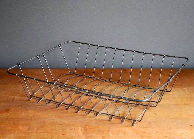 Assorted shallow wire baskets available for rent from www.momentarilyyours.com, $2.00.