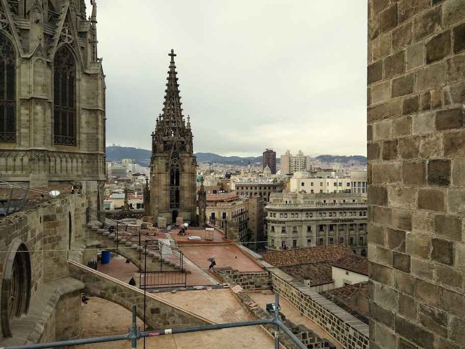 The view from the top of Catedral de Barcelona
