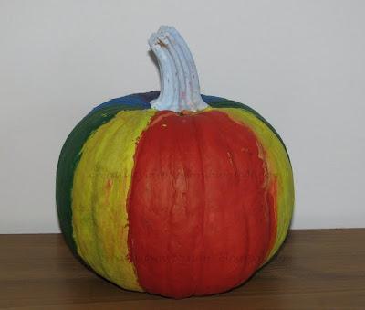 Paint a pumpkin Rainbow colors