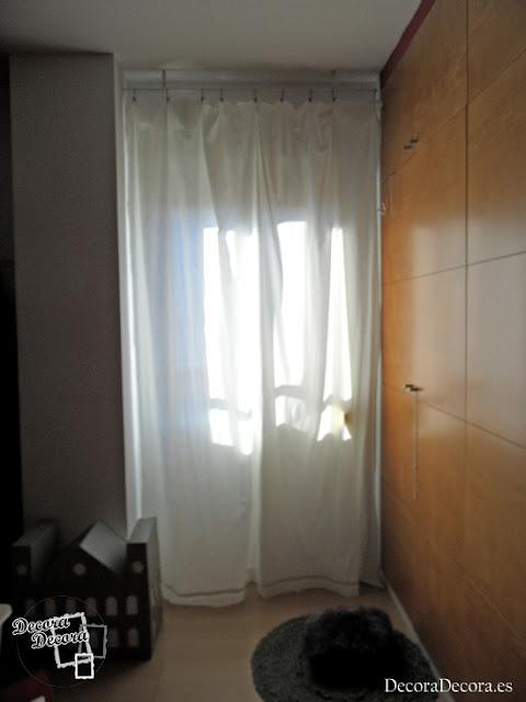 Decorar ventanas con visillos.