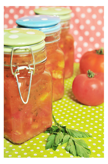 Pomidory krojone z przecierem