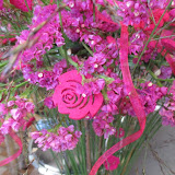 Ziedi ar mīlestību