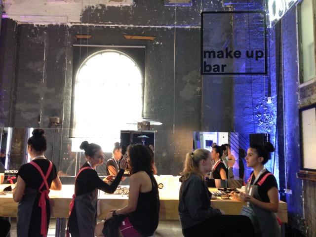 Beauty Services: Make up Bar
