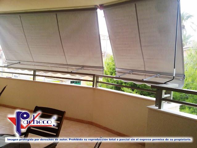 Toldo telón para balcon