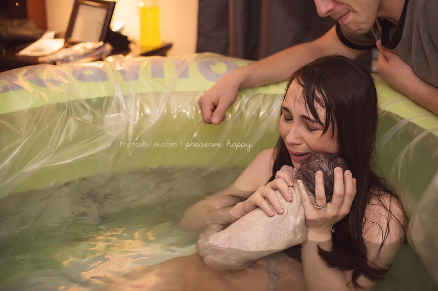 13 Stunning Photos That Perfectly Capture the Beauty of Giving Birth