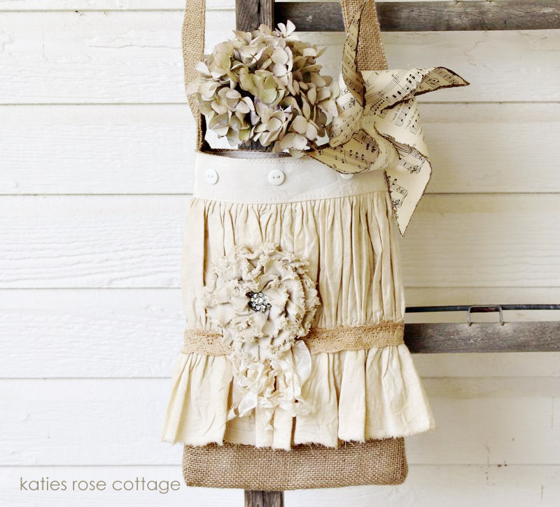 Burlap Totes for Vintage Country Weddings