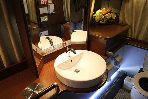JR四国バス「観音寺エクスプレス」 後部トイレ その2